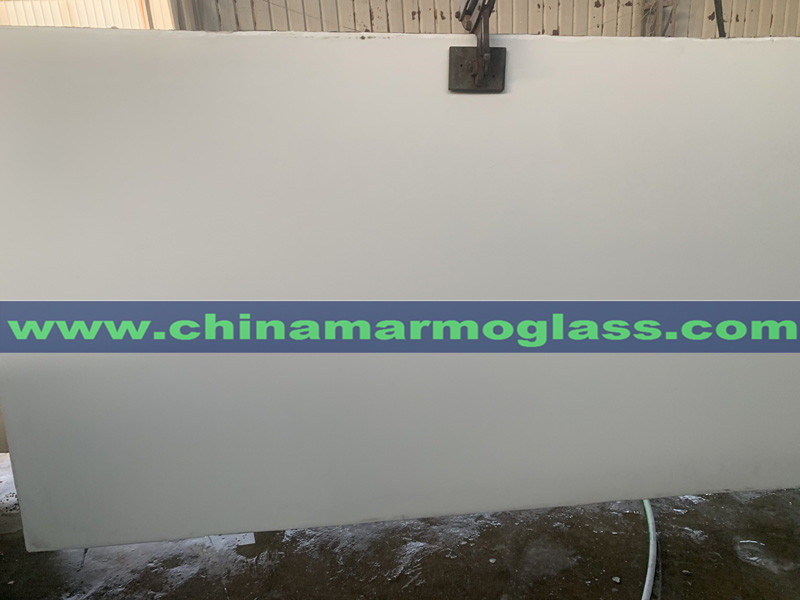 White Nano Glass Tiles and Slabs Factory Price