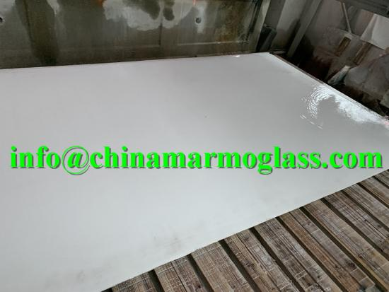 Superior Quality Crystal Jade Glass Stone Without Air Pores for Decorate Interior Flooring